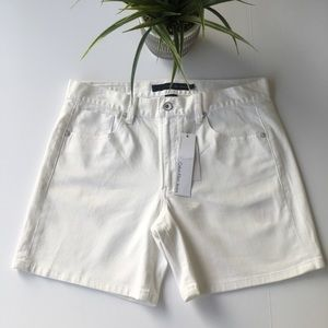 NWT 8 Calvin Klein Jeans Shorts White Denim